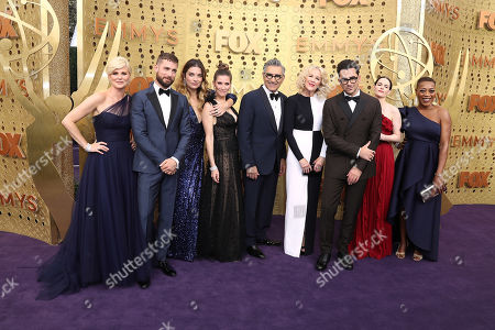 Jennifer Robertson, Dustin Milligan, Sarah Levy, Eugene Levy, Catherine O'Hara, Daniel Levy and Karen Robinson