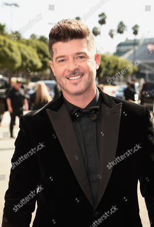 Robin Thicke arrives at the 71st Primetime Emmy Awards, at the Microsoft Theater in Los Angeles