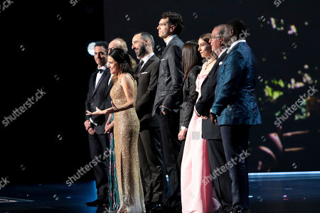 """Julia Louis-Dreyfus, Tony Hale, Anna Chlumsky, Timothy Simons, Matt Walsh, Reid Scott, Gary Cole, Kevin Dunn, Sam Richardson, Sarah Sutherland, Clea Duvall. The cast of """"Veep"""" appear onstage at the 71st Primetime Emmy Awards, at the Microsoft Theater in Los Angeles"""