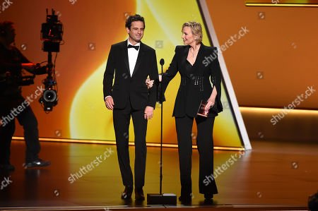 Jane Lynch and Luke Kirby