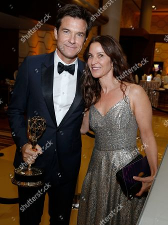 "Jason Bateman, Amanda Anka. Jason Bateman, winner of the award for outstanding directing for a drama series for ""Ozark"" and Amanda Anka at the 71st Primetime Emmy Awards, at the Microsoft Theater in Los Angeles"