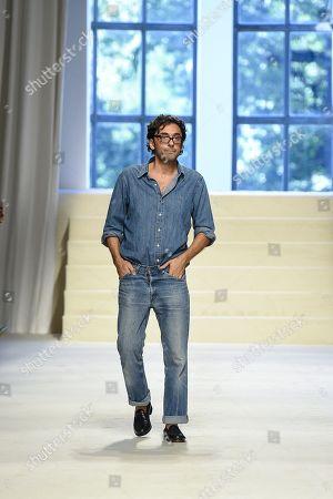 Stock Photo of Lorenzo Serafini on the catwalk