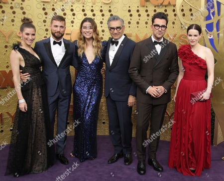 Sarah Levy, Dustin Milligan, Annie Murphy, Eugene Levy, Daniel Levy and Emily Hampshire