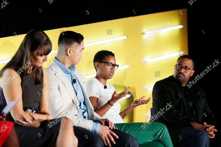 Deborah Bial (President & Founder, The Posse Foundation), Ryan Letada (CEO & Co-Founder, NextDayBetter), Belinda J. Smith (Global Head of Marketing Intelligence, Electronic Arts), Alvin Bowles (Head of Global Publisher Sales and Operations, Facebook)