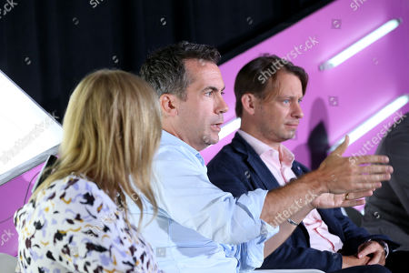 Jon Holding (Head of Acquisition Marketing, US, Invesco) and Otto Bell (Chief Creative Officer, Courageous)