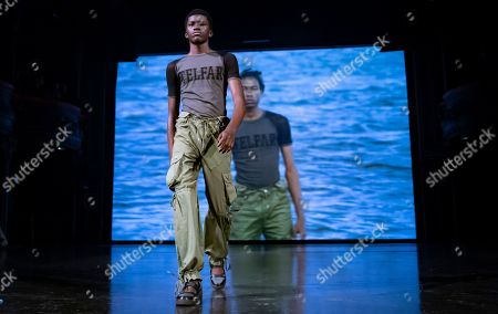A model presents a creation by US deisgner Telfar Clemens during the Paris Fashion Week, in Paris, France, 23 September 2019. The presentations of the Spring/Summer 2020 Women's collections run from 23 September to 02 October.