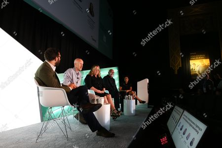 Martin Swant (Forbes, Reporter, CMO Network), Tim Cadogan (CEO, OpenX), Erica Schmidt (Global CEO, Cadreon), Scott Howe (President & CEO, LiveRamp), Karima Zmerli, Ph.D (Chief Data Sciences Officer, Wavemaker Global)