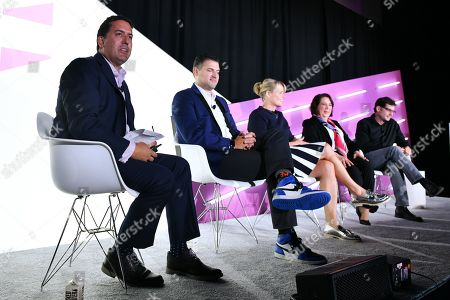 David Vinjamuri (President, Third Way Brand Trainers), David Marine (CMO, Coldwell Banker), Drayton Martin (VP Brand Stewardship, Dunkin), Barbara Pandos (Chief Communications Office, DuPont), and Scott Weisenthal (VP Global Creative & Content Marketing, Marriott International)