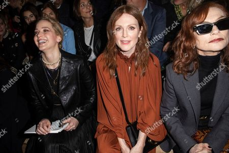 Jennifer Lawrence, Julianne Moore, Isabelle Huppert. Jennifer Lawrence, Julianne Moore and Isabelle Huppert pose for photographers ahead of the Dior Ready To wear Spring-Summer 2020 collection, unveiled during the fashion week, in Paris