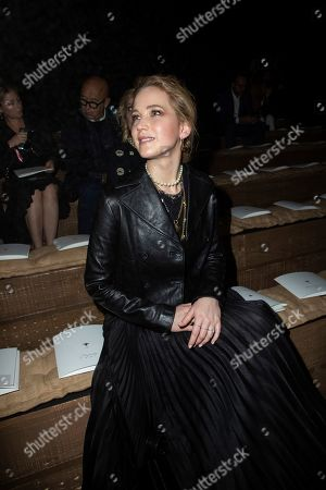 Jennifer Lawrence poses for photographers ahead of the Dior Ready To wear Spring-Summer 2020 collection, unveiled during the fashion week, in Paris