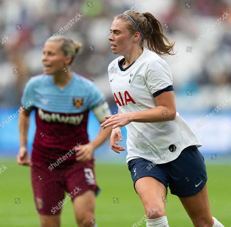 Rianna Dean of Tottenham Hotspur Women and Gilly Flaherty of West Ham United Women