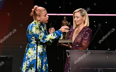Busy Philipps and Elizabeth Banks