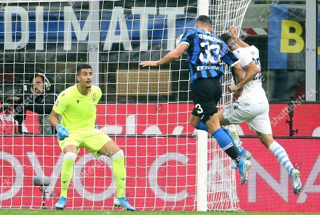 Inter's Danilo D'Ambrosio (C) scores the 1-0 goal during the Italian serie A soccer match between FC Inter and SS Lazio at Giuseppe Meazza stadium in Milan, Italy, 25 September 2019.