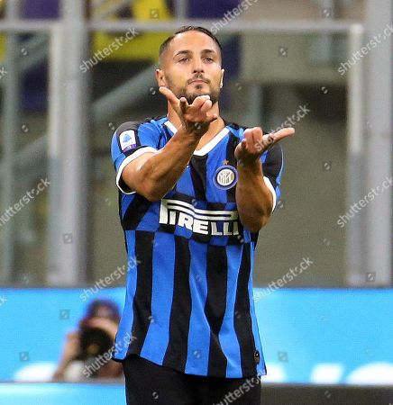 Inter's Danilo D'Ambrosio jubilates after scoring the 1-0 goal during the Italian serie A soccer match between FC Inter and SS Lazio at Giuseppe Meazza stadium in Milan, Italy, 25 September 2019.