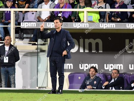 Fiorentina's coach Vincenzo Montella during the Italian Serie A soccer match between ACF Fiorentina and UC Sampdoria at the Artemio Franchi stadium in Florence, Italy, 25 September 2019.