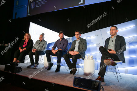 Stock Image of Beth Coleman (Senior Vice President, Marketing and Partner Insights, Viacom), Jonathan Steuer (Chief Research Officer, Omnicom Media Group), Aaron Bernstein (Senior Director, Insights and Advocacy, Walmart), Sam Garfield (Vice President, Data Strategy and Advanced Audience Platforms, Discovery) and Noah Levine (Chief Revenue Officer, 605)