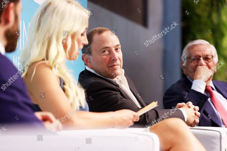 Chris Ripley (President & CEO, Sinclair) and Sarah Kustok (Brooklyn Nets Game Analyst, YES Network), Gary Bettman (Commissioner, National Hockey League) and David Stern (Commission Emeritus NBA)