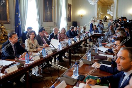 Acting Spanish Deputy Prime minister Carmen Calvo (2-L) and Agriculture Minister Lluis Planas (L) attend a meeting focused on the coordination of the national administrations to deal with any possible scenes resulting from the Brexit, in Madrid, Spain, 26 September 2019.