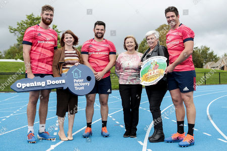Munster Rugby's Darren O'Shea, Kevin O'Byrne and Billy Holland pictured with Peter McVerry Trust's Head of Major Gifts & Partnerships Nell Ward and Jack & Jill Children's Foundation liaison nurses Mags Naughton and Eilín Ní Mhurchú at the launch of the province's 2019/20 nominated charity partnership.