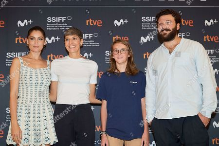 Laetitia Casta, Delphine Lehericey and guests