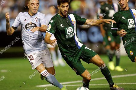 Celta Vigo's Iago Aspas (L) in action against Espanyol's Didac Vila (R) during the Spanish LaLiga match between Celta Vigo and RCD Espanyol at Balaidos stadium, Vigo, northern spain, 26 September 2019.