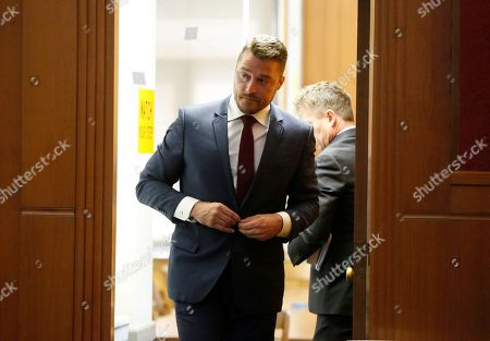 """Reality TV star Chris Soules, of """"The Bachelor,""""Â appears at a hearing in Buchanan County District Court, Thursday, Sept. 14, 2017, in Independence, Iowa. Soules is charged with leaving the scene of an April 24 crash in which he rear-ended a tractor, killing 66-year-old Kenneth Mosher. (Matthew Putney/The Courier via AP, Pool)"""