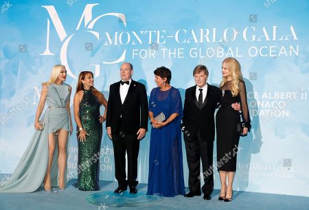 (L-R) US singer Gwen Stefani, British actress Jane Seymour, Prince Albert II of Monaco, Sibylle Szaggars US actor Robert Redford and Australian actress Nicole Kidman attend the 3rd Monte-Carlo Gala for the Global Ocean 2019 in Monaco, 26 September 2019. The Monte Carlo Gala for the Global Ocean, hosted by the Prince Albert II of Monaco Foundation, is a fundraising auction, to support the foundation's marine conservation initiatives.