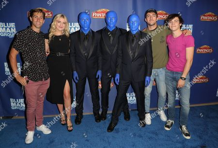 Guest, Rydel Lynch, Rocky Lynch and Ross Lynch with the Blue Man Group