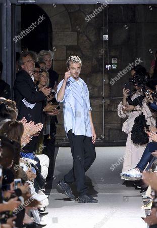 Glenn Martens on the catwalk