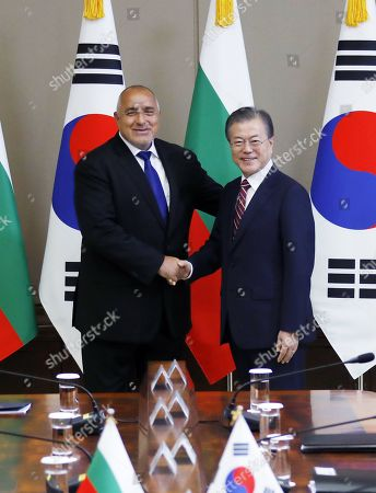 South Korean President Moon Jae-In (R) poses for a photo with Bulgarian Prime Minister Boyko Borissov prior to their talks at the presidential office Cheong Wa Dae in Seoul, South Korea, 27 September 2019. Borissov's trip marked the first visit to South Korea by an Bulgarian leader.