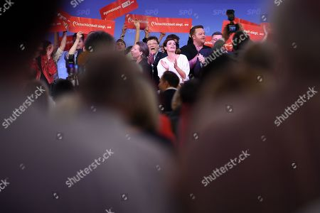 Pamela Rendi-Wagner (C), leader of Austrian Social Democratic Party (SPOe) and SPOe top candidate, is celebrated on stage after delivering a speech during the final election campaign event for the Austrian federal elections in Vienna, Austria, 27 September 2019. The Austrian federal elections will take place on 29 September 2019.