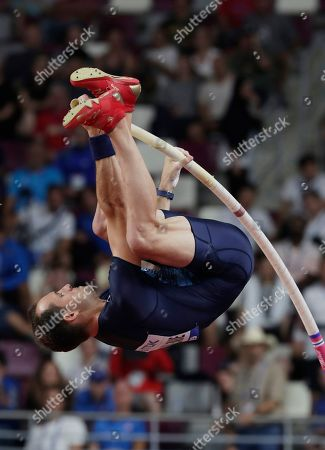 Renaud Lavillenie of France competes in the men's Pole Vault qualification during the IAAF World Athletics Championships 2019 at the Khalifa Stadium in Doha, Qatar, 28 September 2019.