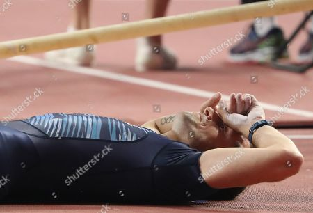 Renaud Lavillenie of France reacts during the men's Pole Vault qualification during the IAAF World Athletics Championships 2019 at the Khalifa Stadium in Doha, Qatar, 28 September 2019.