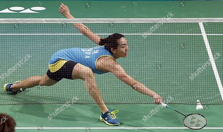 Michelle Li of Canada in action during the Women's Singles semi-final match against He Bing Jiao of China at the Korea Open 2019 badminton championships in Incheon, South Korea, 28 September 2019.