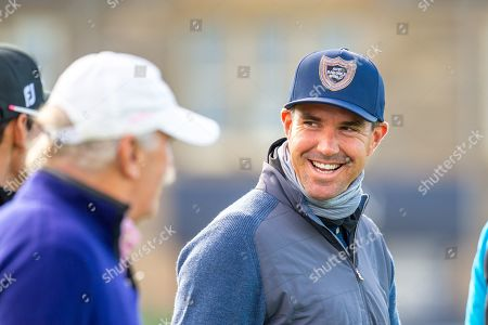 Former England cricketer Kevin Pietersen is all smiles as he heads off down the first fairway during the third round of the Alfred Dunhill Links Championship European Tour at St Andrews, West Sands