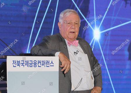 US businessman and investor Jim Rogers speaks at an international finance conference in Jeonju, South Korea, 26 September 2019.
