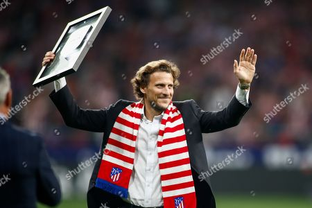 Diego Forlan, ex player of Atletico de Madrid receives honour