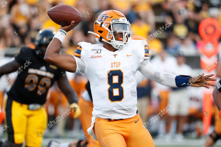 UTEP quarterback Brandon Jones (8) readies to pass against Southern Mississippi during the first half of their NCAA college football game in Hattiesburg, Miss