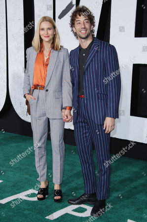 Stock Picture of Albert Hammond Jr. and wife