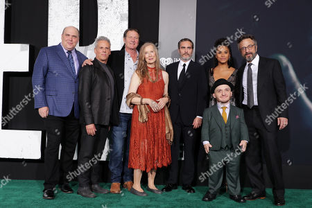 Glenn Fleshler, Josh Pais, Brett Cullen, Frances Conroy, Joaquin Phoenix, Zazie Beetz, Leigh Gill, Marc Maron
