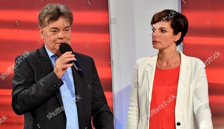 Green Party candidate Werner Kogler (L) and Pamela Rendi-Wagner (R), leader of Austrian Social Democratic Party (SPOe) during the TV discussion after the Austrian federal elections in Vienna, Austria, 29 September 2019.