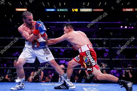 Robert Guerrero fights Jerry Thomas during the Welterweights boxing match, in Los Angeles
