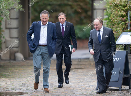 General Sir Nick Carter, General David Petraeus and Andrew Roberts.