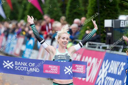 Womens 10K Winner Gemma Steel