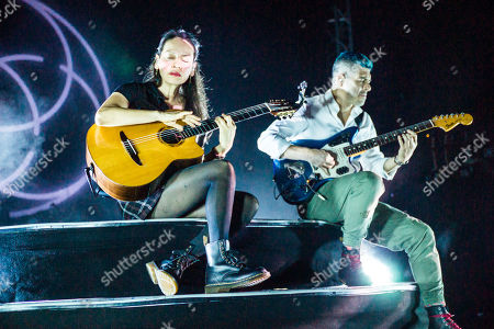 Stock Picture of Gabriela Quintero and Rodrigo Sanchez - Rodrigo y Gabriela