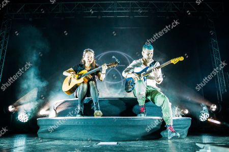 Stock Photo of Gabriela Quintero and Rodrigo Sanchez - Rodrigo y Gabriela