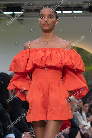 A model presents a creation by Italian designer Pierpaolo Piccioli for Valentino during the Paris Fashion Week, in Paris, France, 29 September 2019. The presentation of the Spring/Summer 2020 collections runs from 23 September to 01 October 2019.