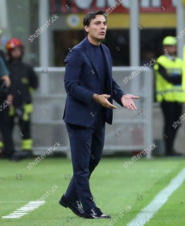 Fiorentina coach Vincenzo Montella during the Italian Serie A soccer match between AC Milan and Fiorentina at Giuseppe Meazza stadium in Milan, Italy, 29 September 2019.