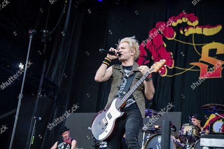 Deryck Whibley of Sum 41 performs during Louder Than Life at Highland Festival Grounds at KY Expo Center, in Louisville, Ky