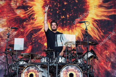 Shaun Foist of Breaking Benjamin performs during Louder Than Life at Highland Festival Grounds at Kentucky Exposition Center, in Louisville, Ky